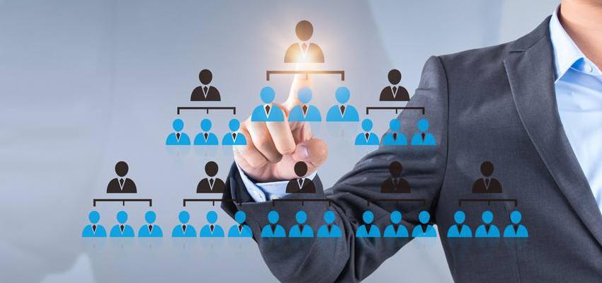 通过对花名册、劳务合同、安全培训、进出场、考勤、工资核算及发放等功能,实现劳务实名制管理,并对接国家及各地市住建管理平台,通过自有技术可对接多款人脸识别考勤设备。集成人员定位技术及AI视频技术,对劳务人员劳动轨迹、定位及工作情况进行管理,确保劳效及安全。通过人员管理,不仅避免劳务纠纷,更是对提高劳动效率、优化劳务外包成本及服务提供数据支撑。